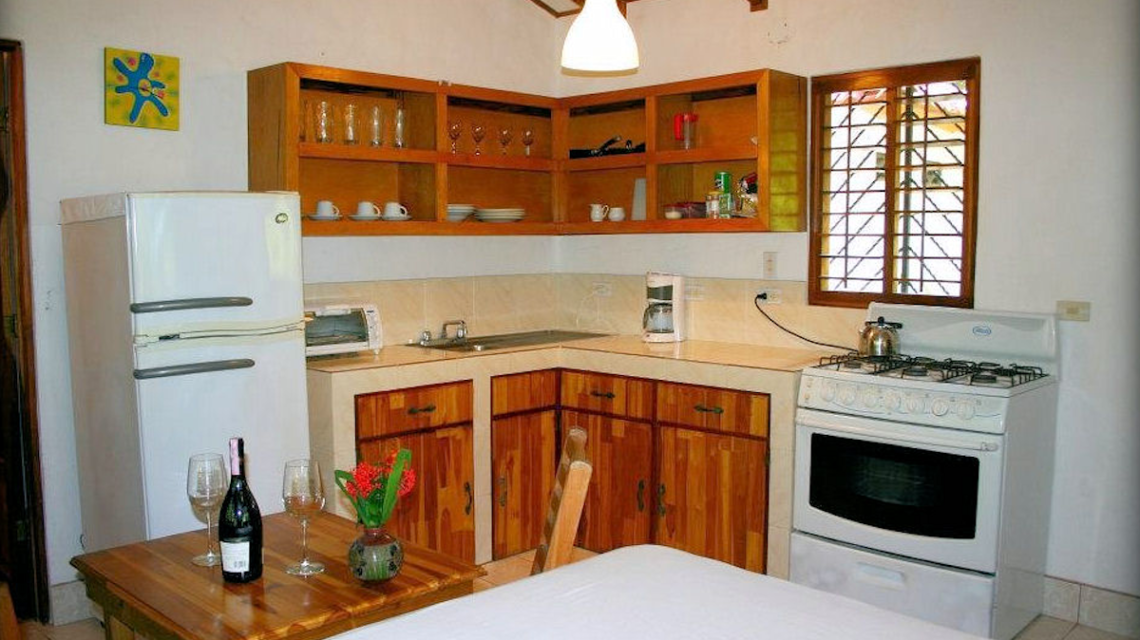 Lower Beachfront Bungalow Kitchen